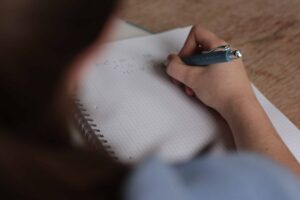 Blog education exam hand 249360