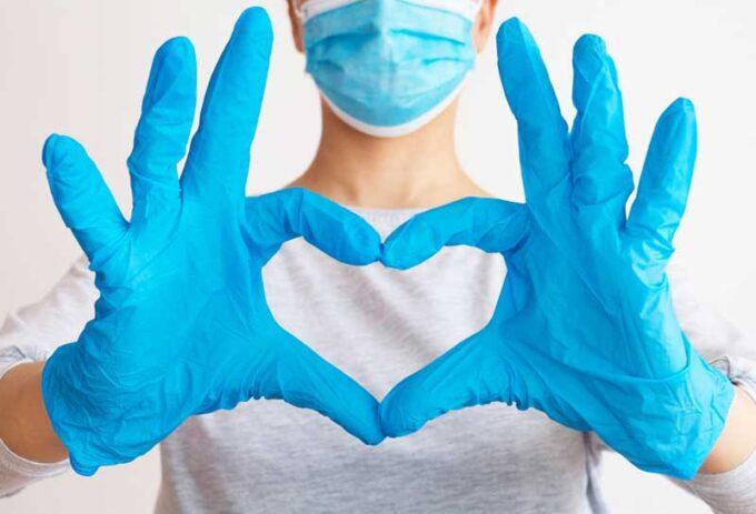 doctor heart hands